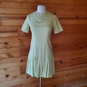 1960s Unlabeled Pale Green, Cotton Blend Scooter D